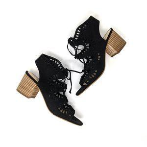 BP. Decker Black Lace Up Sandal Block Heels size 8